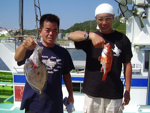 8月15日飯岡港、三次郎丸、鬼&アラ船